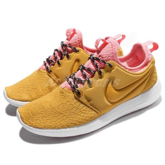 classic fit 50fb3 b67a6 Nike RARE Roshe Two SE 2 Gold Pink casual sz 9. M 5c679d91c89e1deb37d5f372